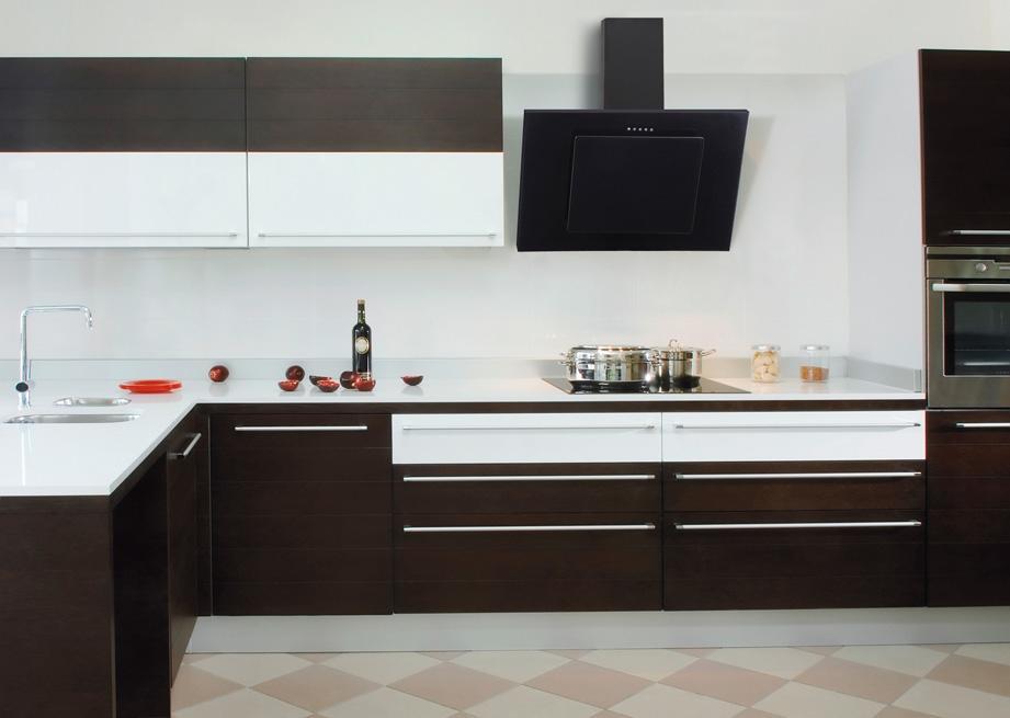 Okap kominowy Toflesz w aranzacji kuchni otwartej na salon  kuchnia otwarta   -> Kuchnia Z Okapem Kominowym