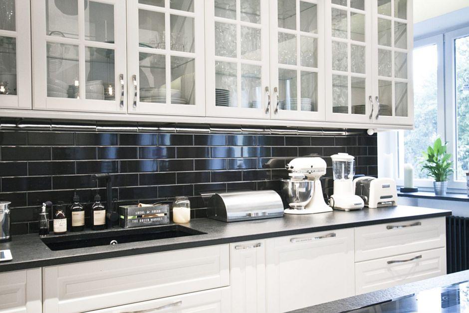 Aranżacje Kuchni Zdjęcie Czarne Płytki Kafelki Nad Blatem