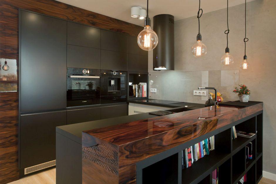 Drewno I Matowe Meble Kuchenne W Aranżacji Kuchni Drewno W
