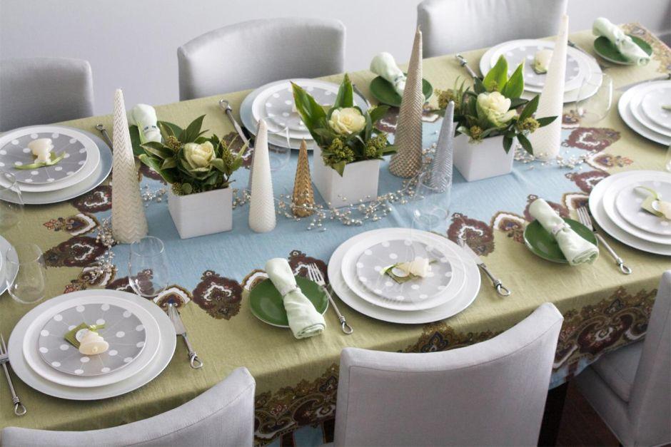 Jasna Dekoracja świątecznego Stołu W Jadalni świąteczny Wystrój Kuchni Inspiracje Aranżacje Kuchni Kuchenny Com Pl