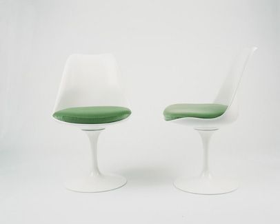 Stylowe krzesła Tulip
