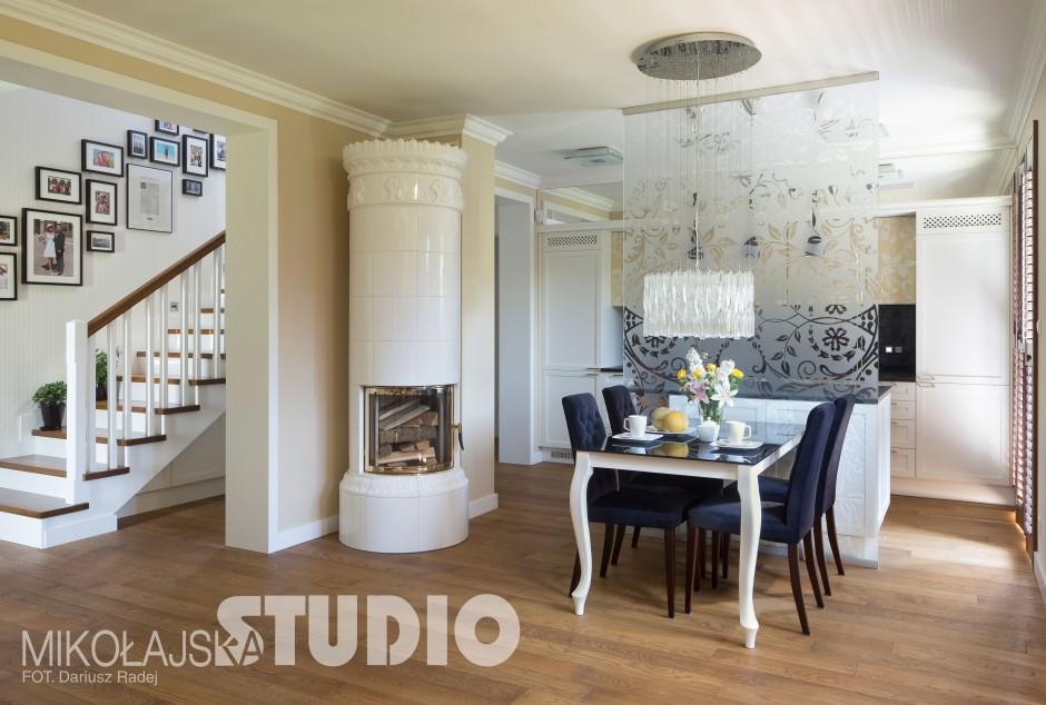 Kuchnia połączona z salonem i jadalnią  Dom w Strumianach  kuchnie projekta