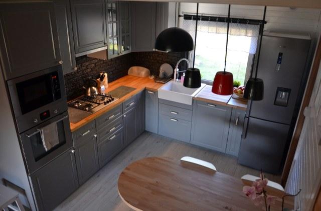 Kolor w kuchni  trendy kuchenne  Kuchenny com pl -> Kuchnia Meble Szare