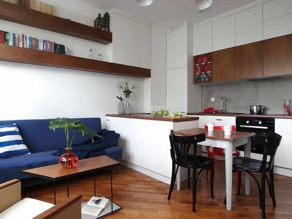 Kuchnia W Bloku Z Drewnem Na Podłodze Otwarta Na Salon Kuchnia W
