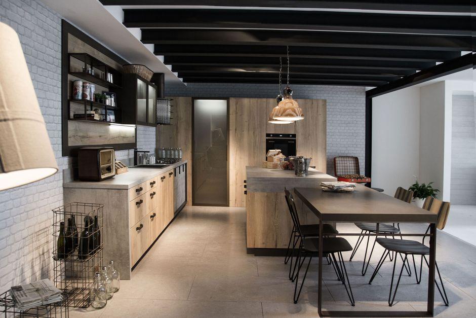 Drewniane fronty mebli w kuchni w stylu loft kuchnia w for Cocina industrial tipo loft