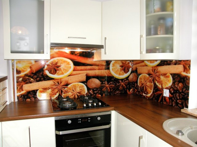 Kuchnia z panelem szklanym Glassing  Glassing  ściany i