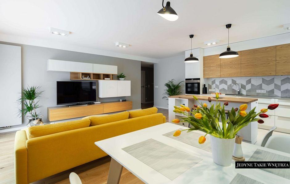Kuchnia Z Wyspą Otwarta Na Salon Skandynawskie Mieszkanie