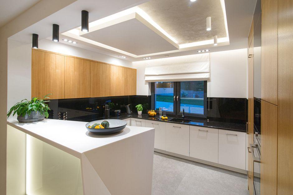 Lampy Sufitowe Punktowe W Kuchni Oświetlenie Kuchni