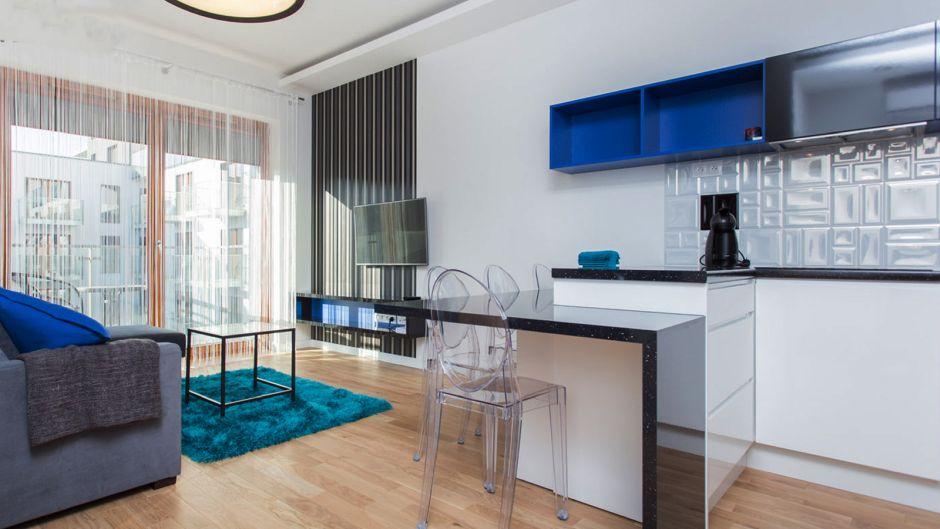 Mała Kuchnia W Bloku Otwarta Na Salon Mieszkanie Z Elementami
