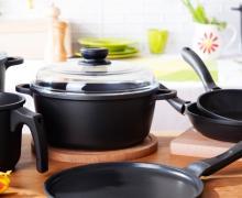 Kolekcja naczyń kuchennych Valdinox Black