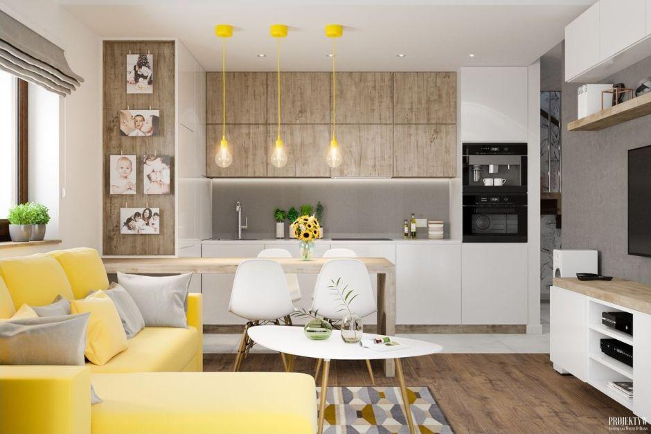 Otwarta Kuchnia W Drewnie Połączona Z Salonem Otwarta