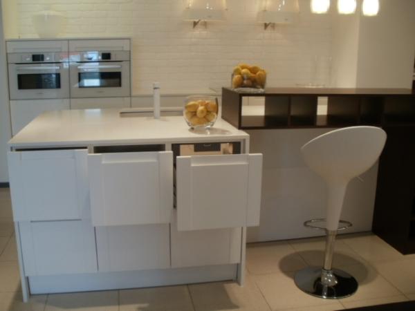 Płytki biała cegła Elkamino w kuchni