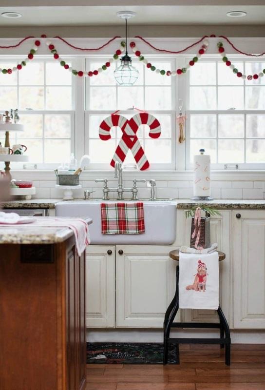 Świ�teczna dekoracja okien w kuchni Świ�teczny wystr243j