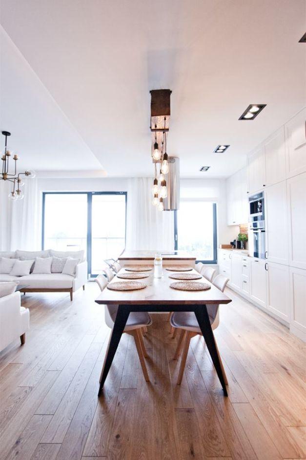 Wyspa Połączona Ze Stołem W Kuchni Otwartej Mieszkanie W
