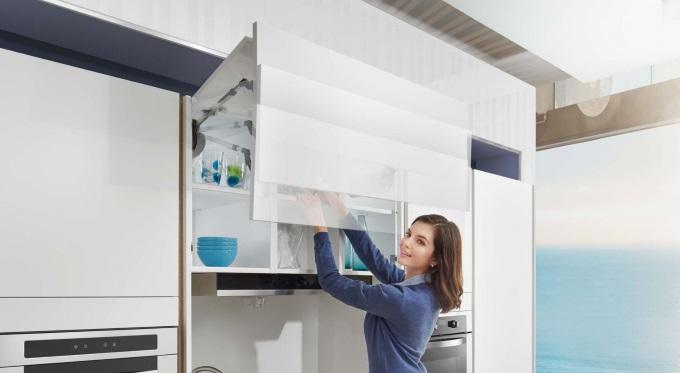 Top-Stays - systemy otwierania górnych szafek