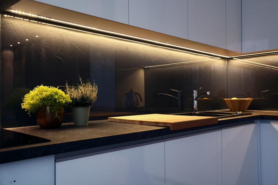 Jak Wybrać Odpowiednią Taśmę Led Oświetlenie W Kuchni
