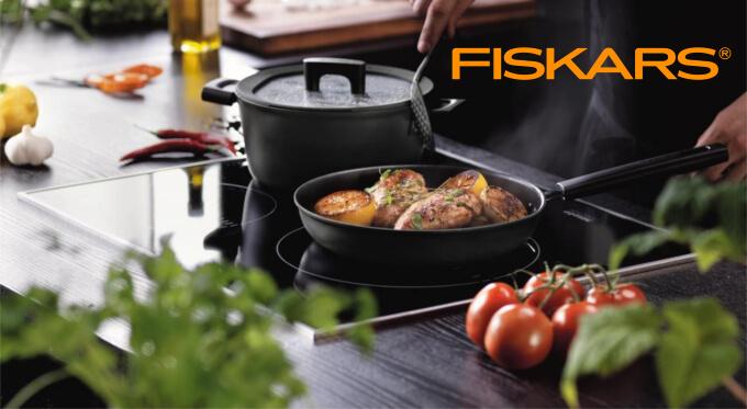 Fiskars Premium - naczynia kuchenne Hard Face dla wymagających