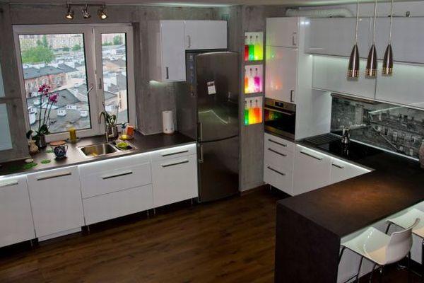 panele w kuchni ciany i pod ogi. Black Bedroom Furniture Sets. Home Design Ideas
