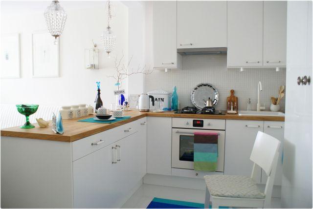 Białe meble kuchenne w stylu skandynawskim