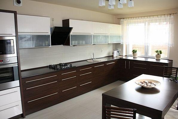 Kolor w kuchni  trendy kuchenne  kuchenny com pl -> Kuchnia Bialo Czarna Brazowa