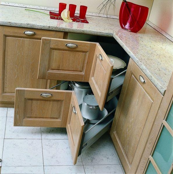 Szuflada narożna w kuchni
