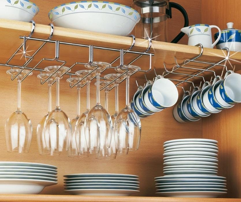 wieszaki kuchenne na kieliszki i filiżanki - Wenko