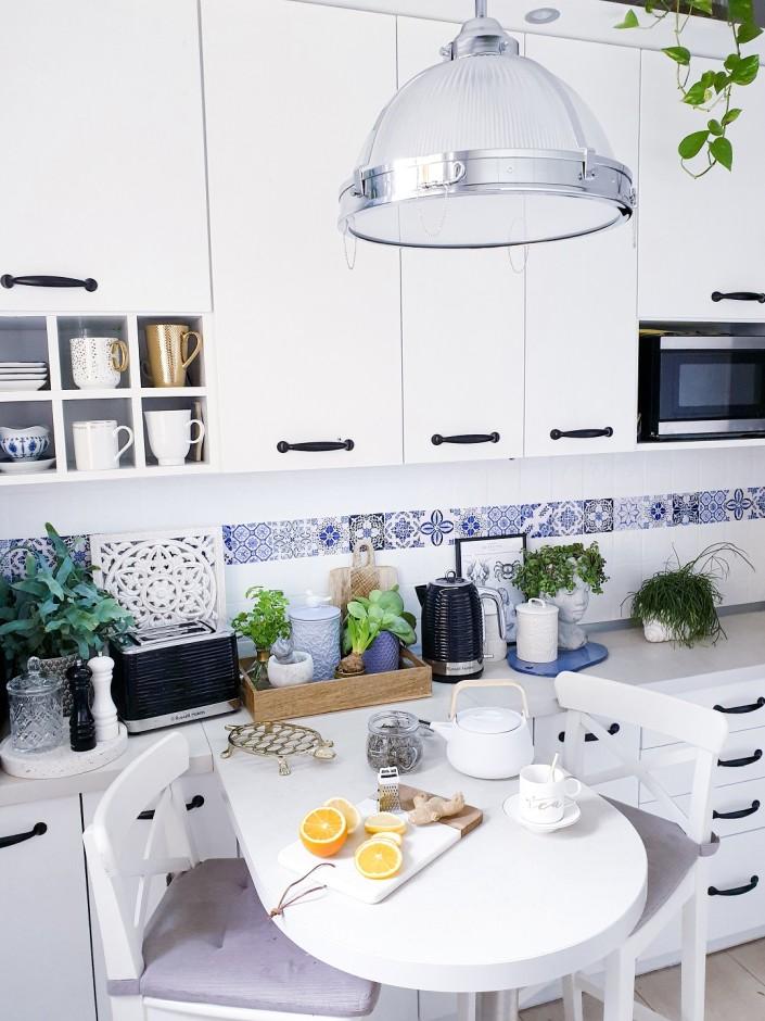Gorące trendy - najmodniejsze czajniki elektryczne w aranżacji kuchni