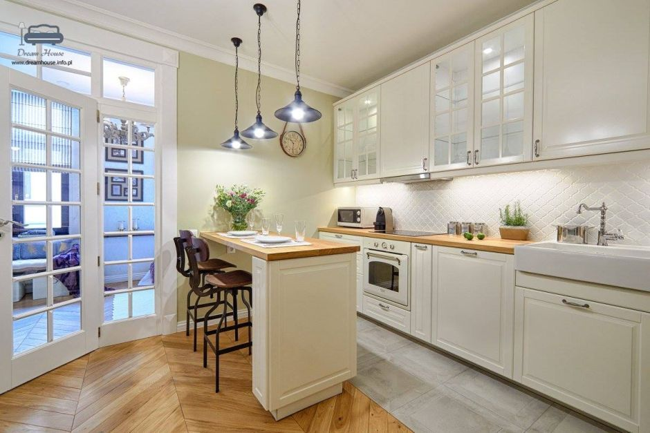 Biała kuchnia z drewnianym blatem  pomysły i inspiracje od projektantów  me   -> Biala Kuchnia Drewnianym Blatem
