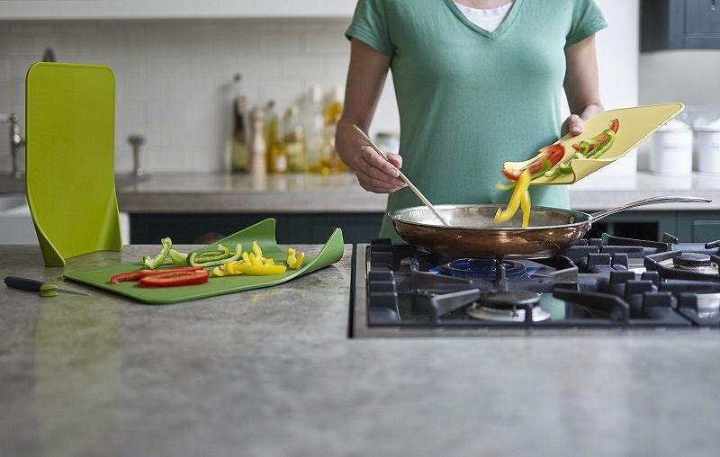 Deski kuchenne w zestawie - jak przechowywać w kuchni