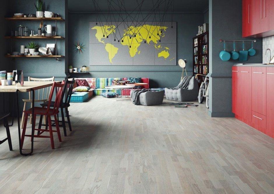 Deska barlinecka na podłodze w kuchni
