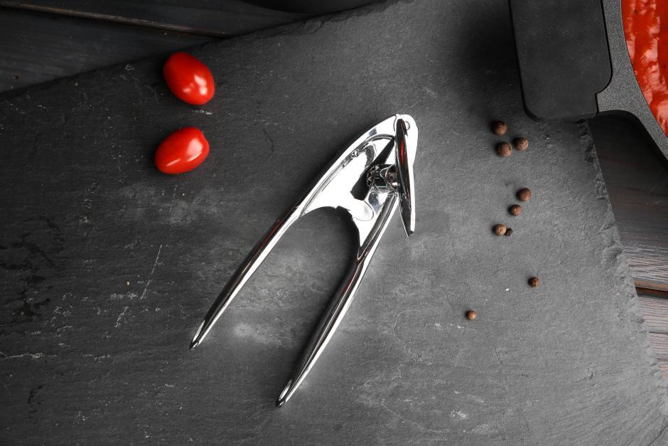otwieracz do puszek kuchenne Valdinox