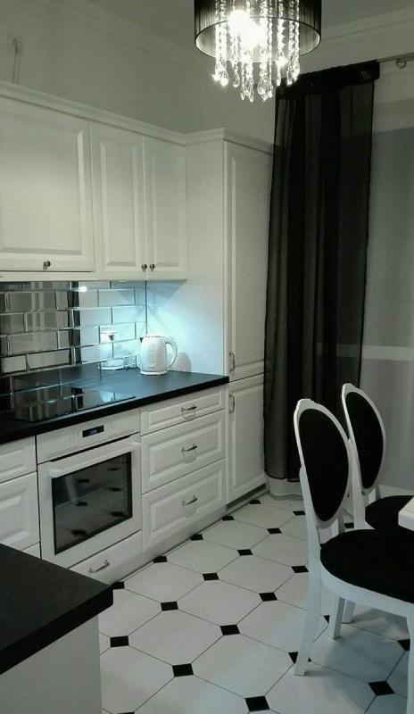 Płytki Lustrzane Powiew Luksusu W Twojej Kuchni ściany I