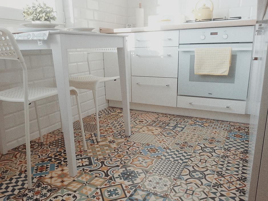 Patchwork - ciekawa podłoga w kuchni