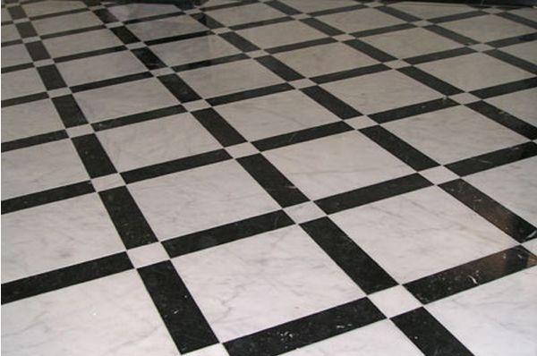 Jak wybrać materiał na podłogę do kuchni
