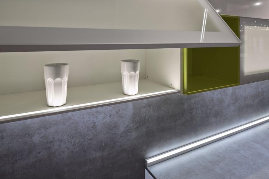 Schuco - oświetlenie w meblach kuchennych