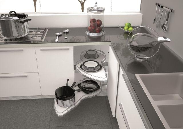 Schowki w meblach - mechanizmy i dodatki ułatwiające przewchowywanie w kuchni