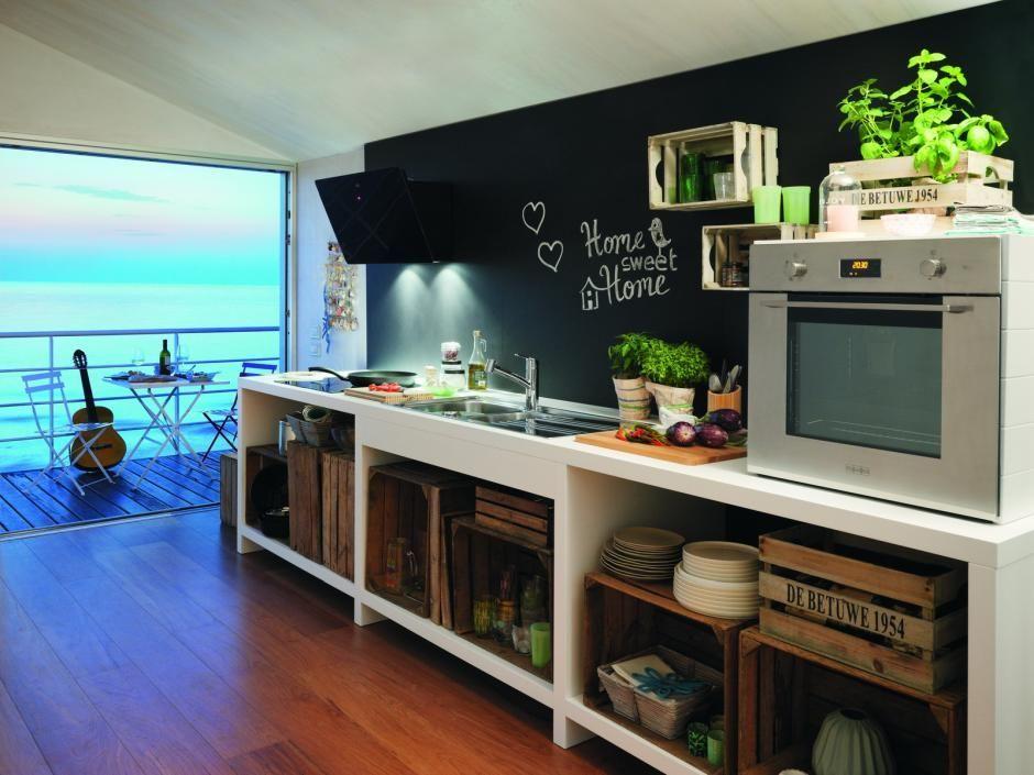 Backsplah w kuchni jako miejsce na notatki