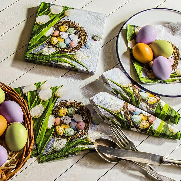 Wielkanocny stół - jak nakryć i ozdobić