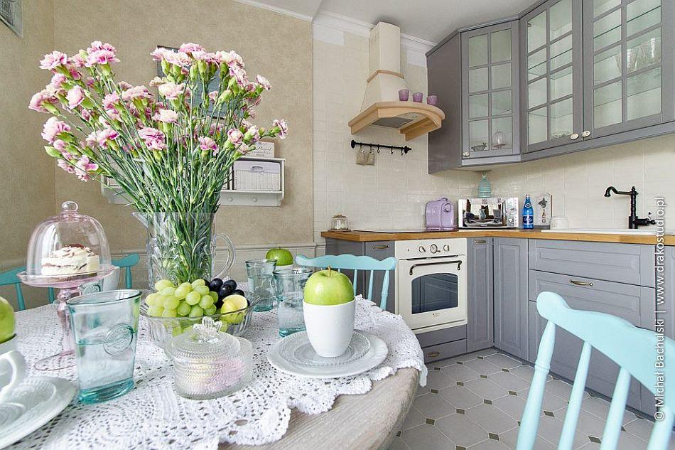 Kuchnia w stylu romantycznym  kuchnia w stylu  Kuchenny com pl -> Kuchnia We Fiolecie