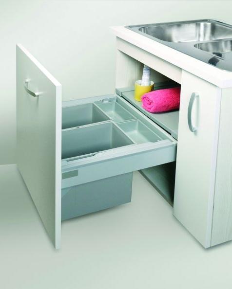 Pojemniki do segregacji odpadów w kuchni