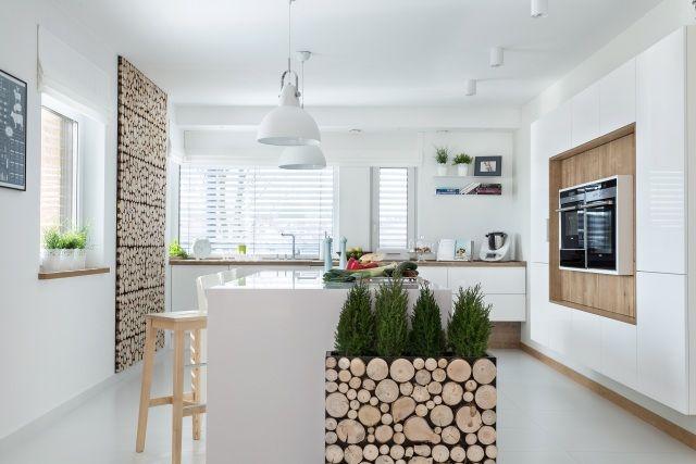 Drewno w kuchni na ścianę  trendy kuchenne  Kuchenny com pl -> Kuchnie Pod Zabudowe Zdjecia