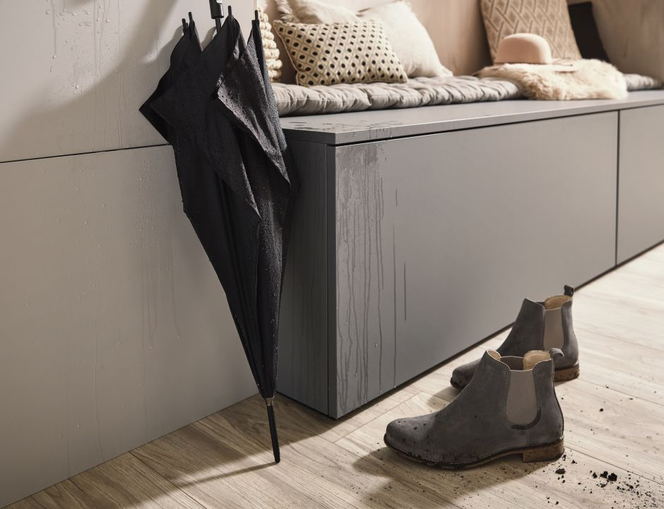 Laminat akrylowy RAUVISIO brilliant noble matt zapewnia wysoką odporność na zabrudzenia
