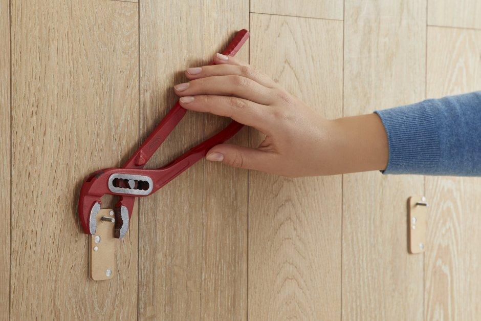 Łatwy montaż na śruby samoprzylepne bez wiercenia
