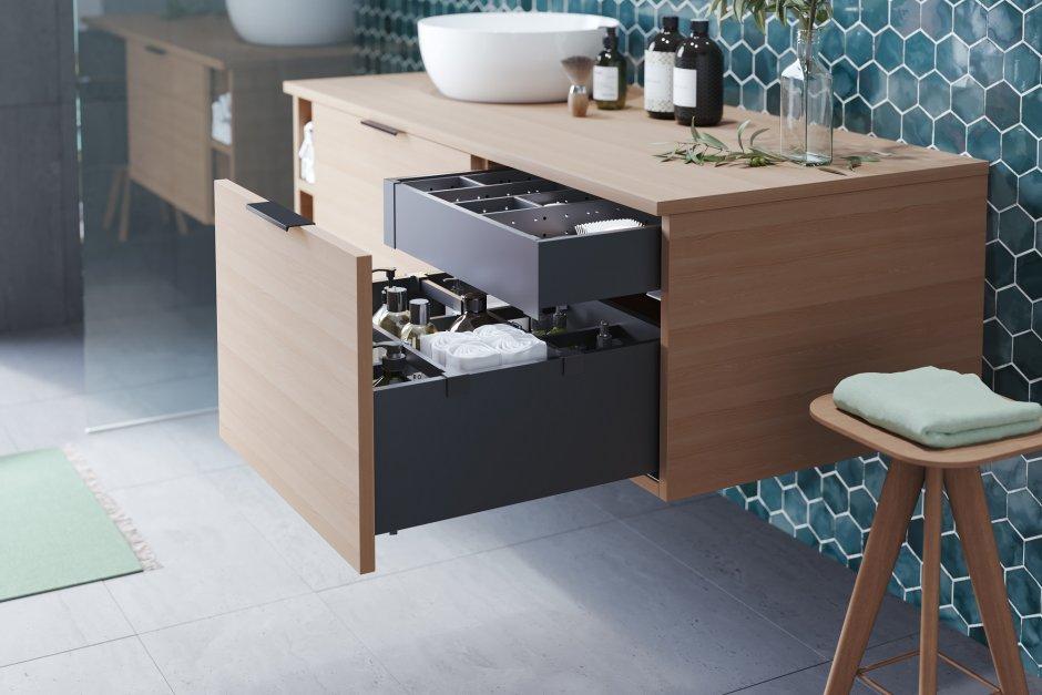 Czarne szuflady do kuchni