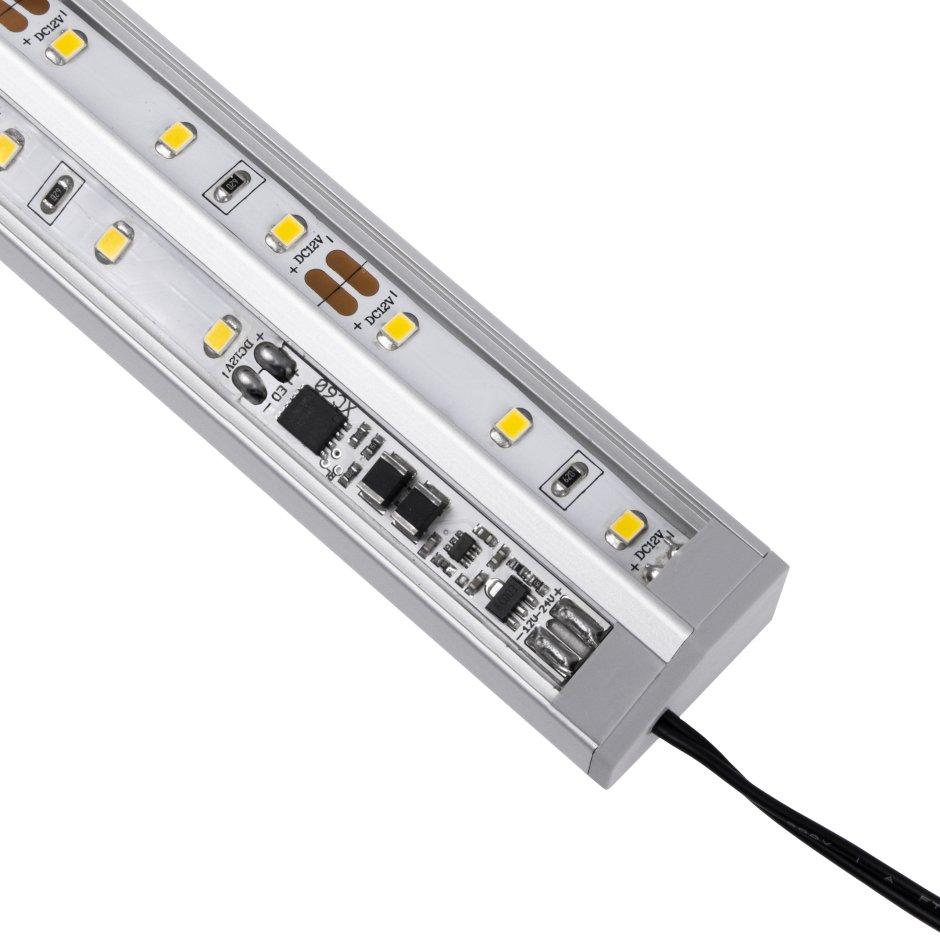 Jak zaplanować oświetlenie podszafkowe oraz jakie sterowanie wybrać